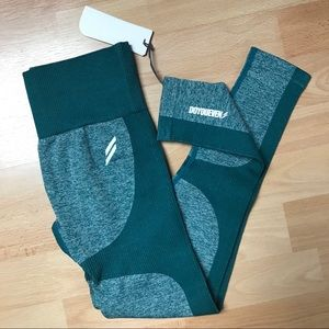 DOYOUEVEN Impact Seamless Legging in Forest Green
